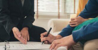 Herdeiros ou Cônjuge Podem Sacar Dinheiro de Familiar Falecido?